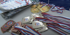 Открытие чемпионата по плаванью в бассейне «Дельфин»