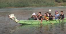Соревнования по гребле на китайской лодке «Дракон»